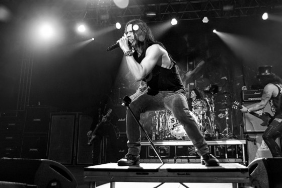 020---slash-featuring-myles-kennedy-and-the-conspirators.jpg